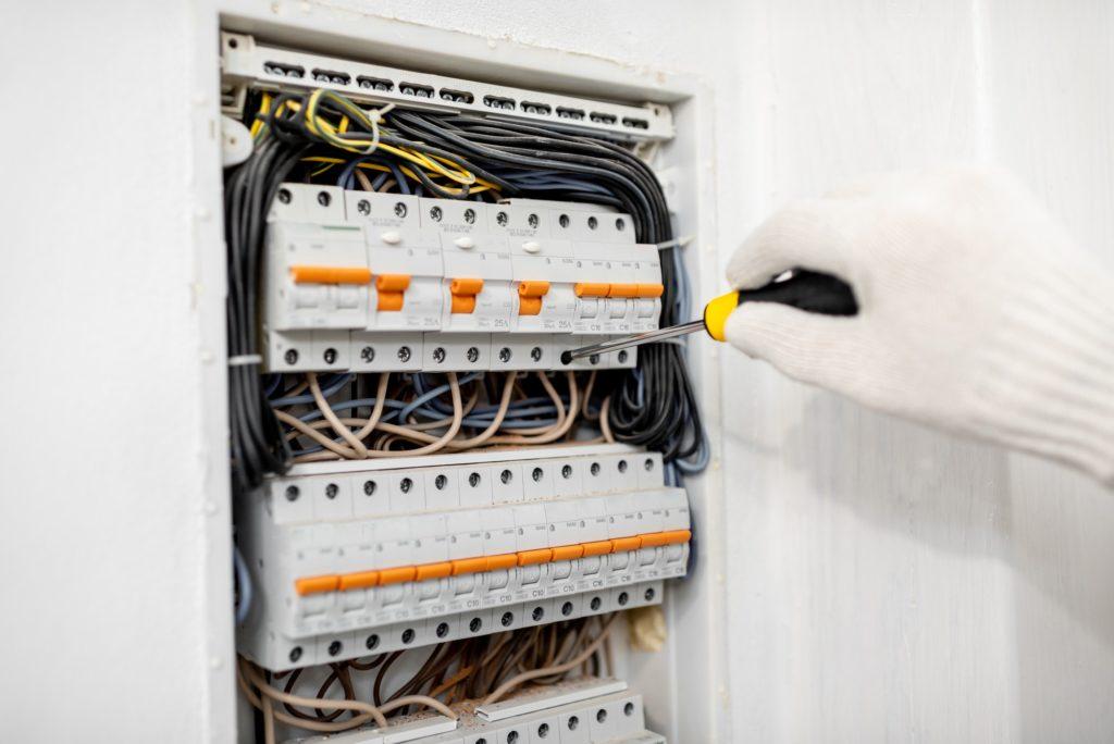 Døgnvagt elektriker og døgnservice elektriker og elinstallatør i København