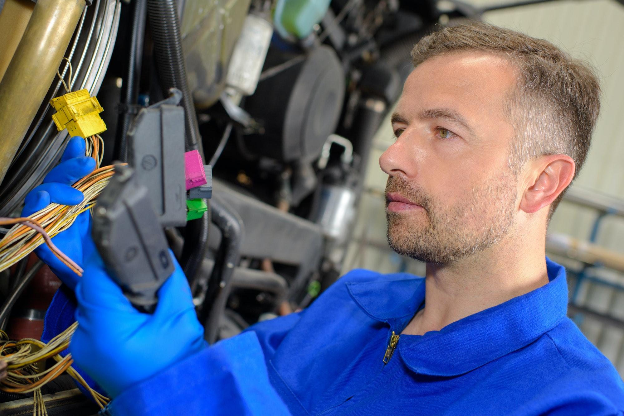 Autoriseret elektriker Frederiksberg arbejder med el til både privat og erhverv