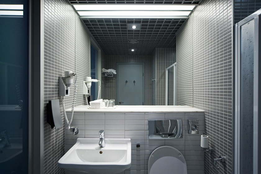 El nyt badeværelse - Se priseksempel på nye el-installationer i bad | Få tilbud på elinstallation i bad af autoriseret elektriker København